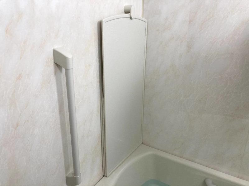純正風呂蓋フックに3枚の蓋を収納したところ