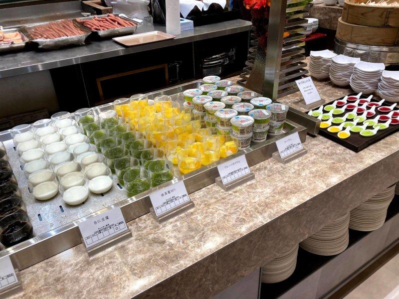 ホテル瑞鳳朝食ビュッフェのヨーグルト
