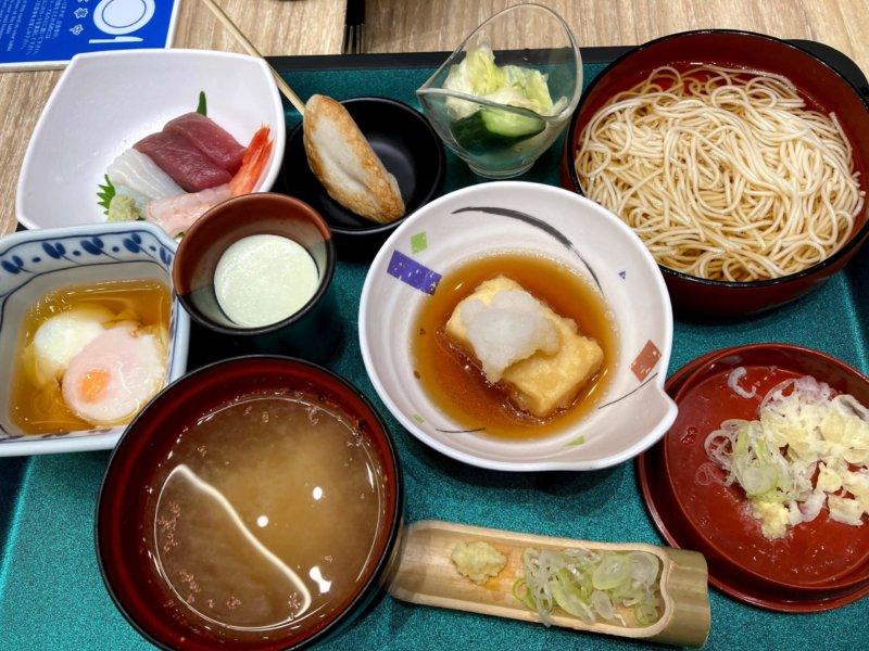 ホテル瑞鳳朝食ビュッフェの和定食