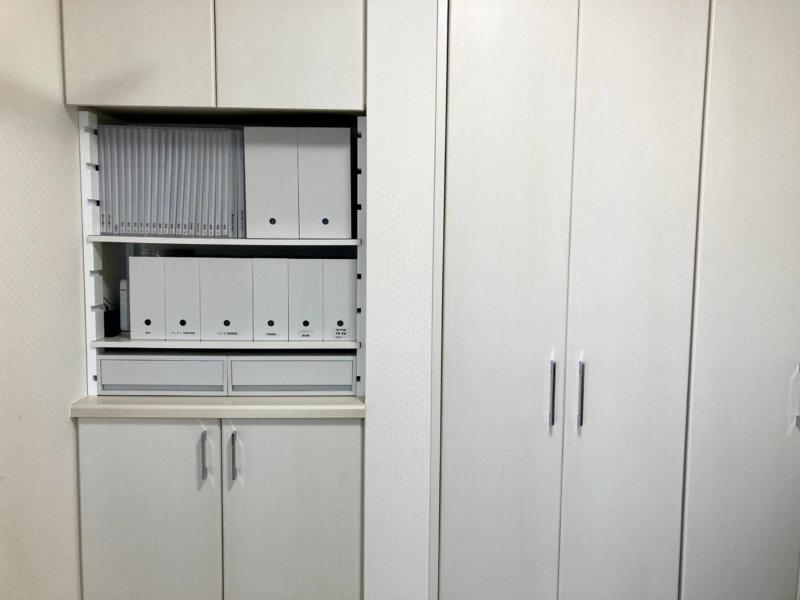 カインズの棚を設置し、収納力が3倍にアップしたデッドスペース