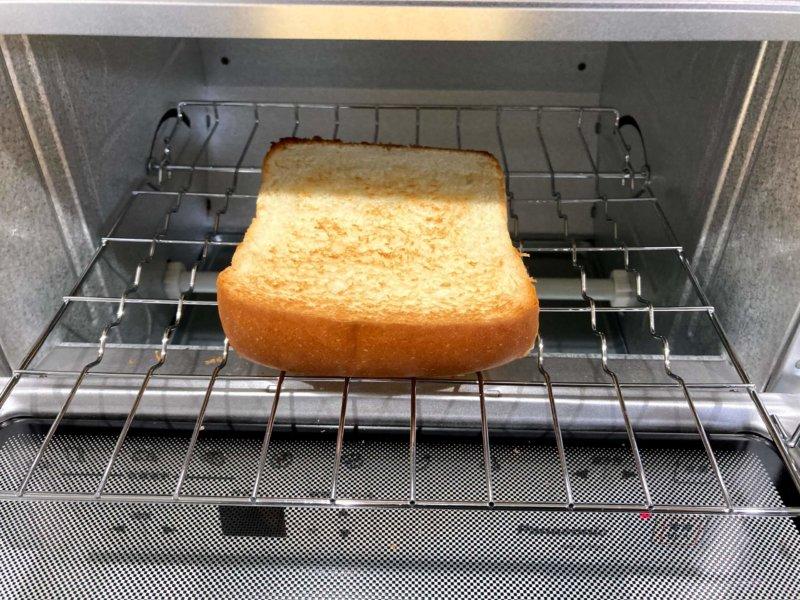 パナソニックコンパクトオーブンで美味しく焼けたトースト