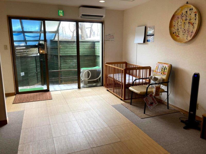 秋保温泉ホテル華乃湯山沿い露天風呂「水芭蕉の湯」脱衣所
