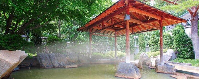 秋保温泉篝火の湯緑水亭の露天風呂