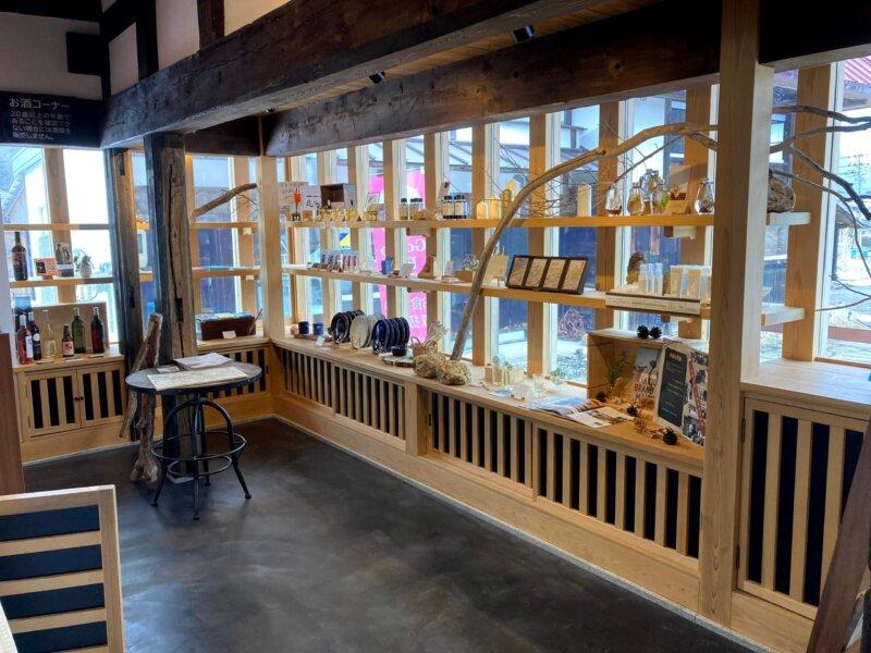 古民家カフェ「アキウ舎」のお土産コーナー