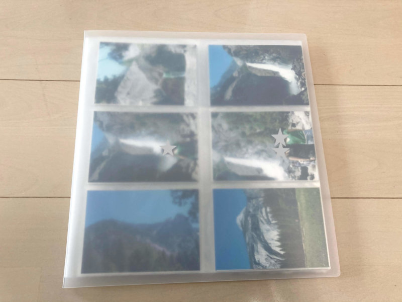 無印良品 ポリプロピレンアルバム L判・264枚用は半透明なので写真が透けて見えます。