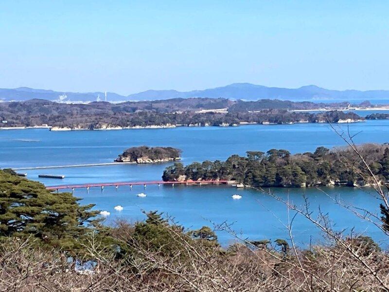 「西行戻しの松公園」展望台から見る松島湾の絶景