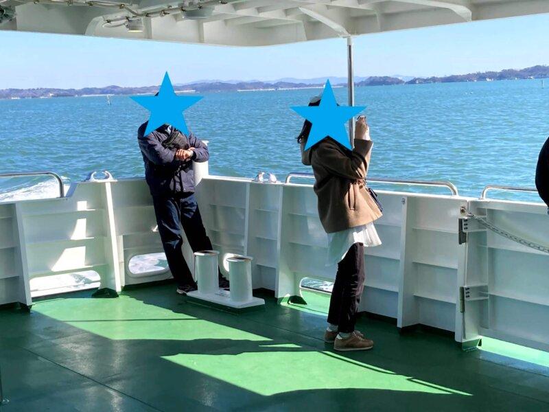 松島島巡り観光船『仁王丸』1階デッキ
