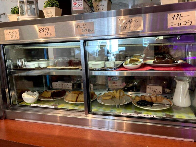 「六丁目農園」ビュッフェのデザートコーナー