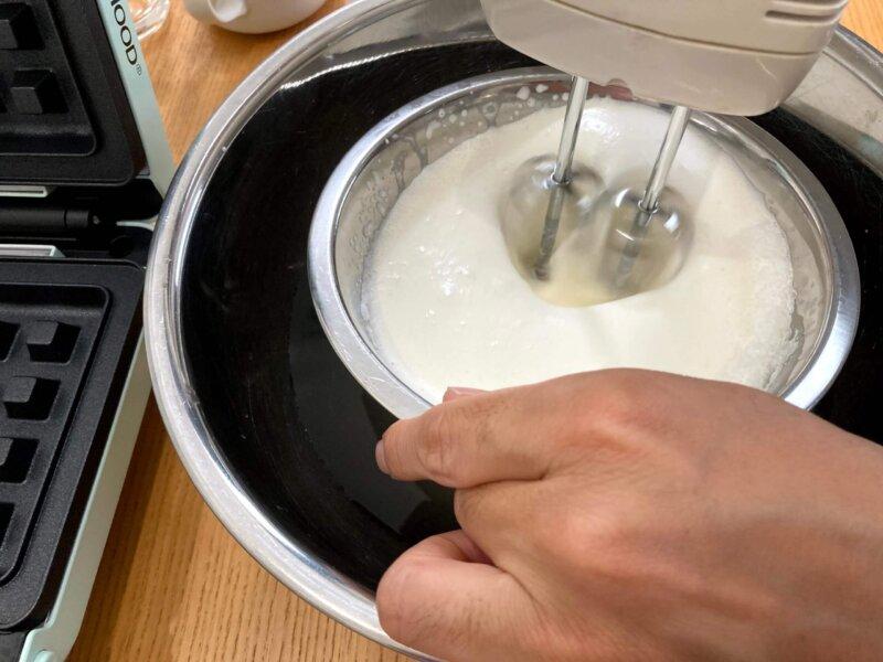 ダンナがひたすら泡立てたホイップクリーム