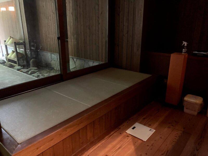 蔵王国際ホテル女湯の休憩場所(畳の小上がり)