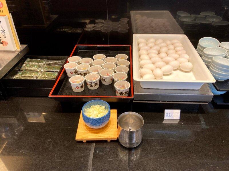 『鳴子ホテル』朝食バイキングの味のリ・納豆・温泉たまご