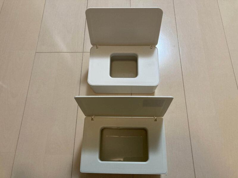スリーコインズマスクボックスと無印良品 ポリプロピレンウェットシートケース取り出し口の大きさ比較