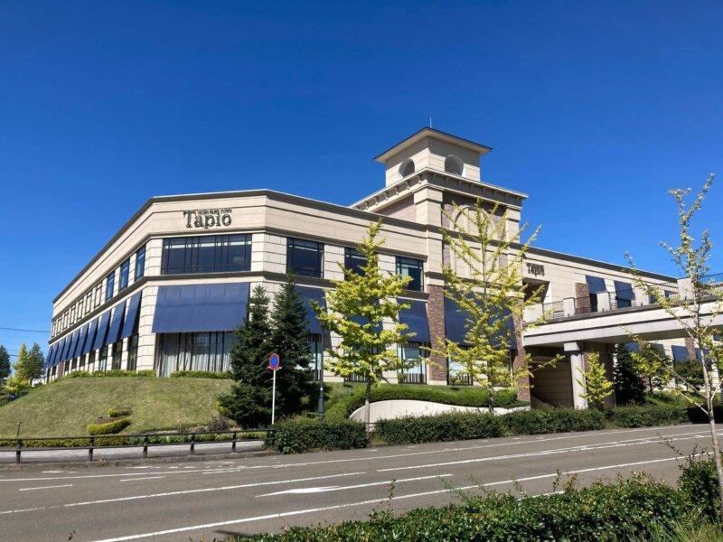 仙台ロイヤルパークホテルに隣接するショッピングセンター泉パークタウンタピオ