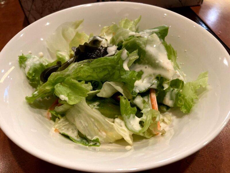 タイ料理レストラン『ThaChang(ターチャン)』ランチセットの生野菜サラダ